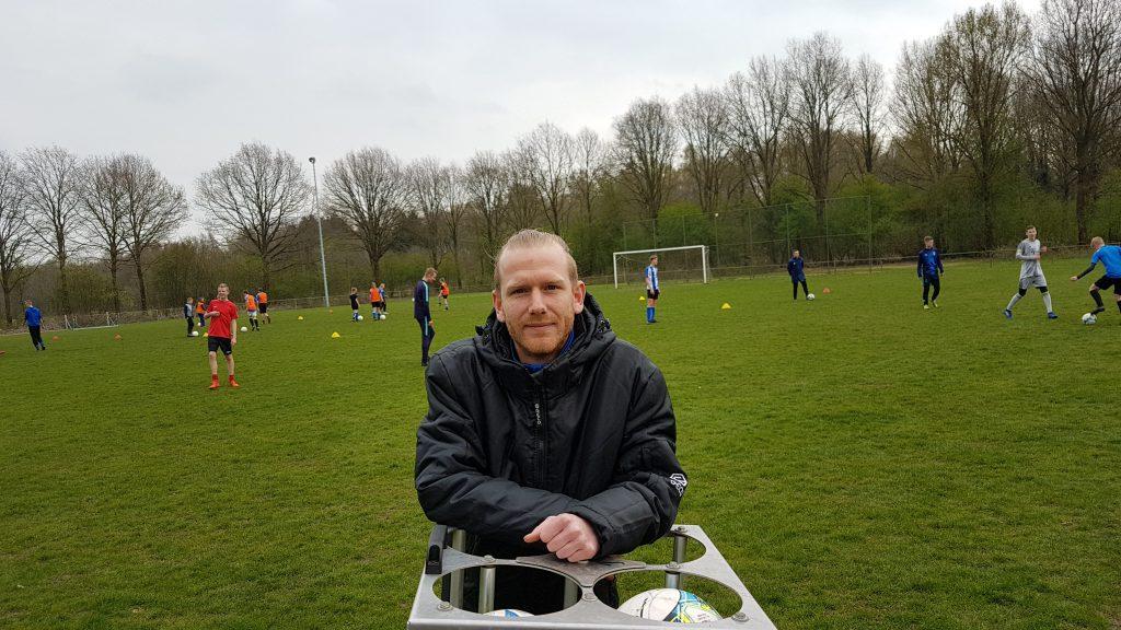 Al vanaf het seizoen 2013-2014 is Biesbrouck jeugdtrainer binnen NKvvProtos.
